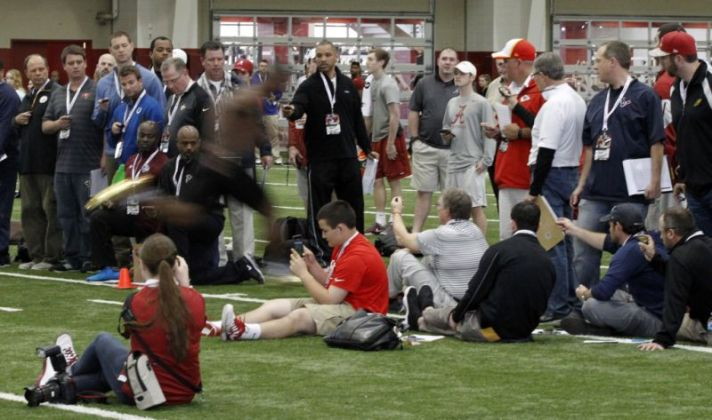 NFL scouts flocked to Alabama's Pro Day in March 2015. (AP Photo/Butch Dill)