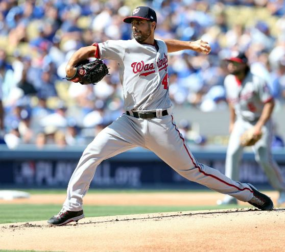 ROB LEITER/MLB PHOTOS